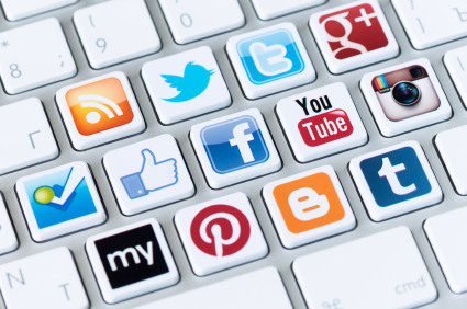 10 Ways to Use Social Media to Promote an Event